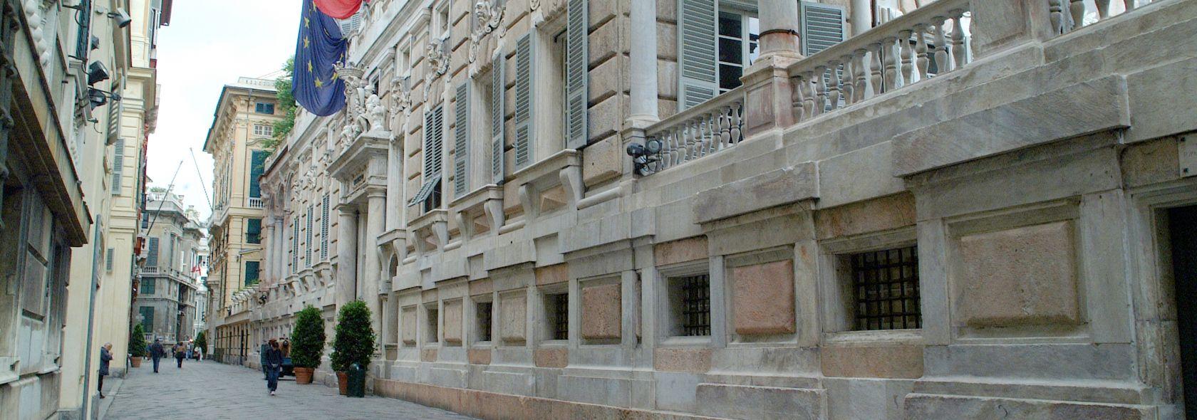 Genova, Via Garibaldi