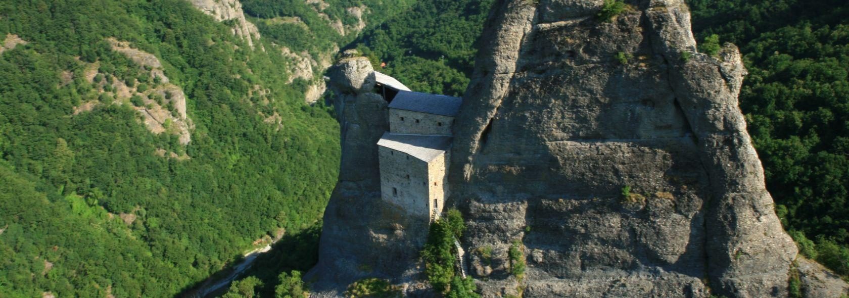Castello della Pietra archivio Parco Antola