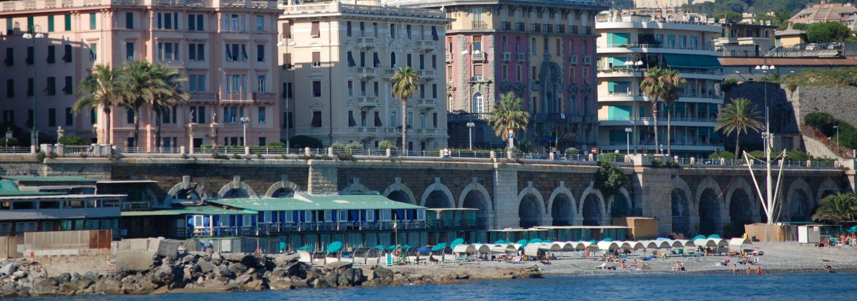 El mar y las playas: Corso Italia