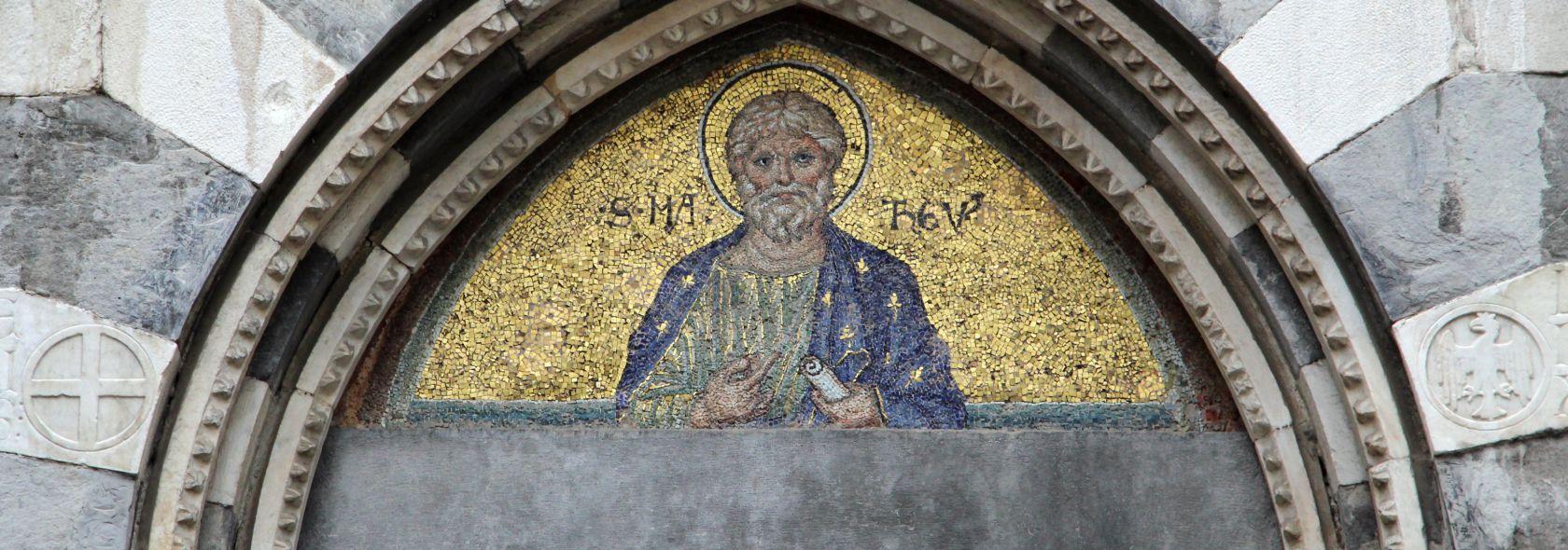 San Matteo, lunetta a mosaico con San Matteo