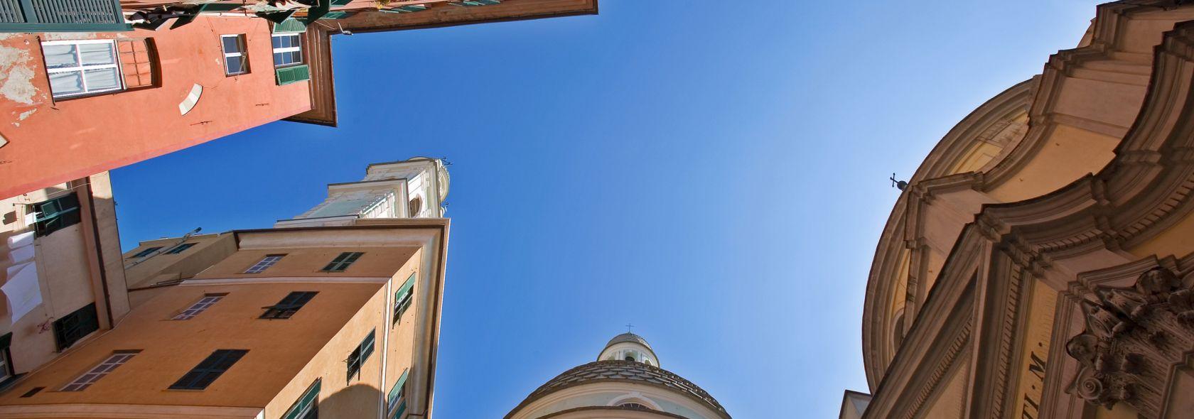 Scorcio di cielo tra le facciate di San Giorgio e San Topete - Stefano Goldberg