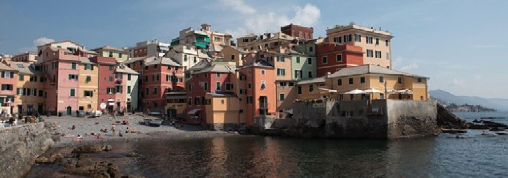 Boccadasse dal mare - Foto Ufficio Comunicazione Città Metropolitana di Genova