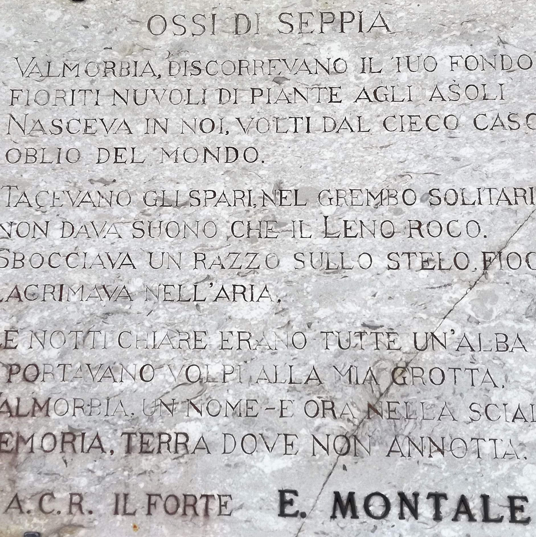 "Eugenio Montale - plaque with poetry taken from ""Ossi di Se Robertk9410 (CC 4.0)"
