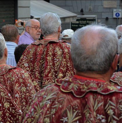 Confraternite in processione - Foto: Molinari @genovacittadigitale