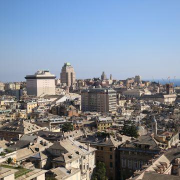 panorama su Genova da Spianata Castelletto