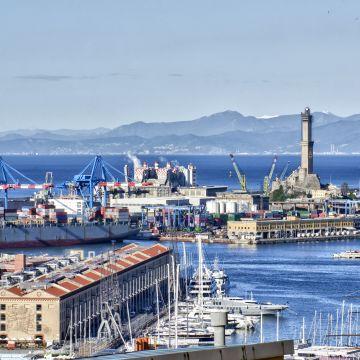 Il porto di Genova da Castelletto