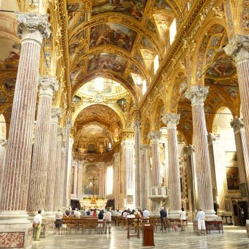 Basilica Santissima Annunziata del Vastato - interno - foto Davide Papalini CC30