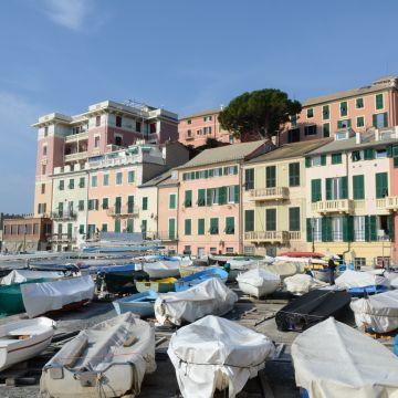 Il borgo dalla spiaggia