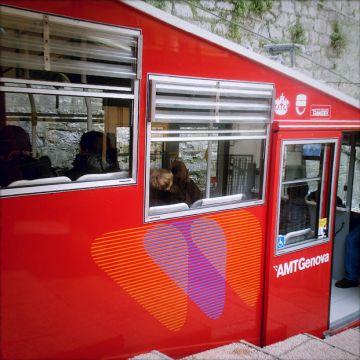 Public transports - Funicolare Zecca-Righi - Rinaldi - ©genovacittadigitale