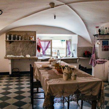 Genova Cornigliano, villa Gentile Bickley, cucina