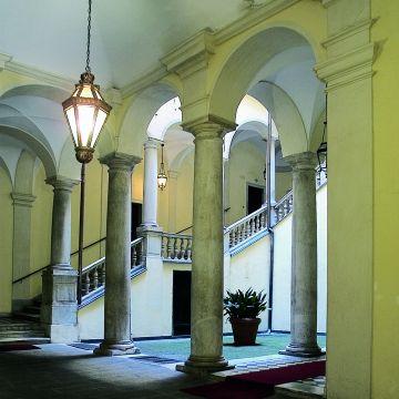 Palazzo De Marini - Croce