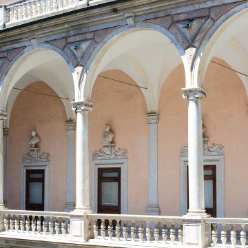 Palazzo Tursi - Loggiato